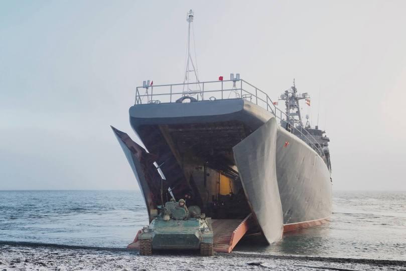 North Fleet invades Kotelny
