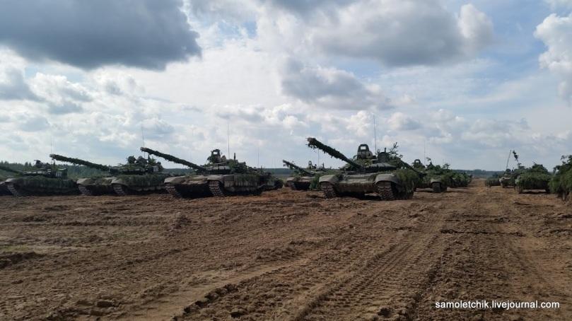 T-72B3 + BMPs