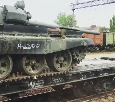 T-62s in Kamensk